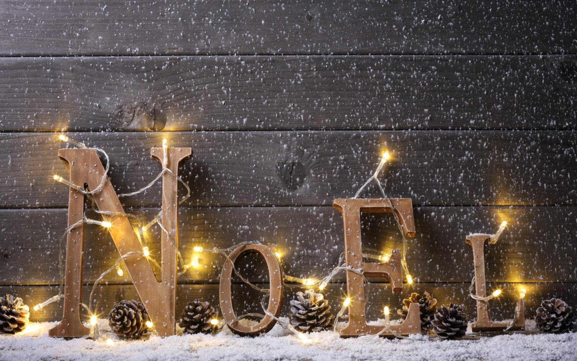 #A37D28 D'où Vient L'esprit De Noël ? Blog De Culture Et Formation 5875 decoration de noel jardiland 2015 1920x1200 px @ aertt.com